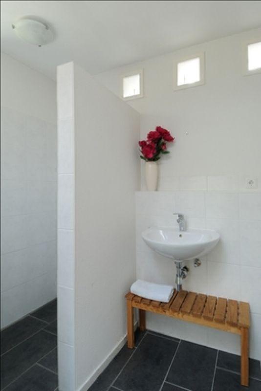Graslook 5658 gw eindhoven aanbod brick vastgoed - Betegelde ensuite marmeren badkamers ...